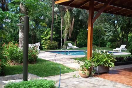Chácara em condomínio - Ribeirão Preto - Kulübe