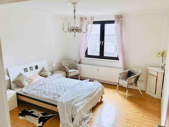 42qm cozy & bright condo/calm street/Center & Fair