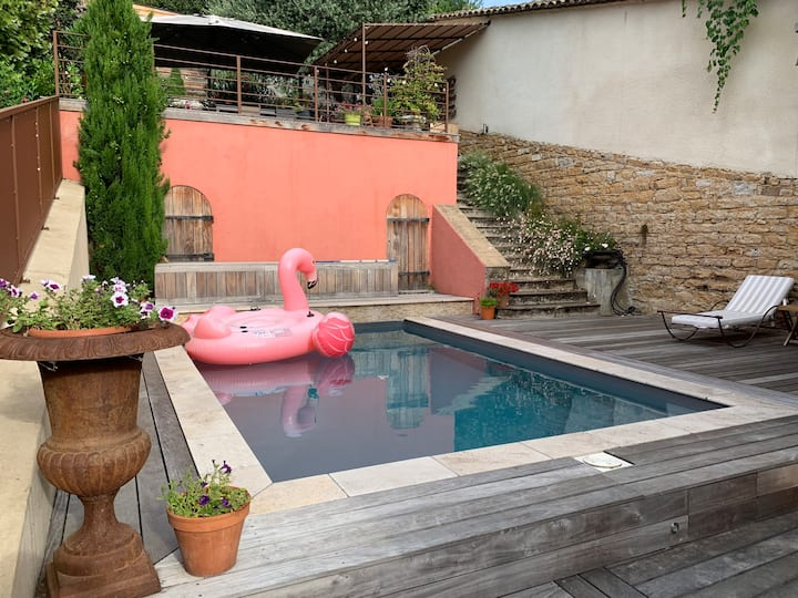 House with swimming pool in Collonges au Mont d'Or