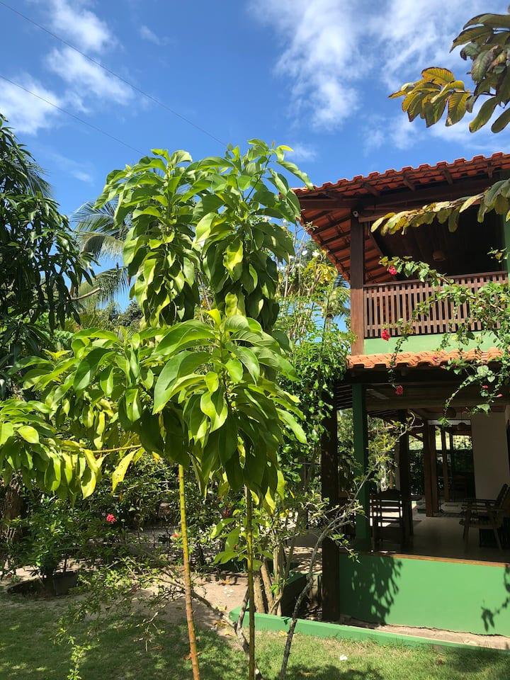 Suite c/ vista para o jardim-Hospedagem Carpe Diem