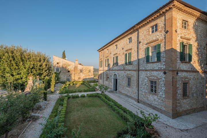 Luxury 18th century Villa  - Max. 12/16 people
