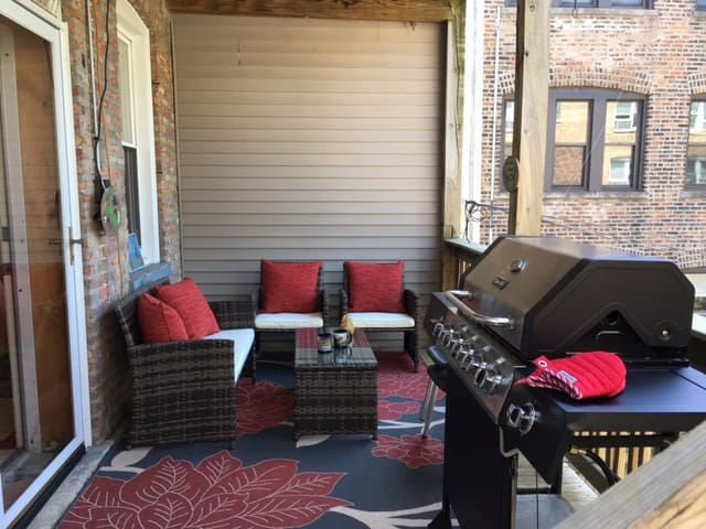 Deck with patio seating & grill