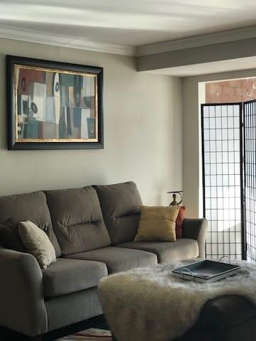 Luxury yet comfortable condo in prime location!
