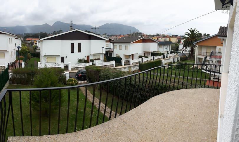 Casa familiar en Celorio - Asturias - Casa