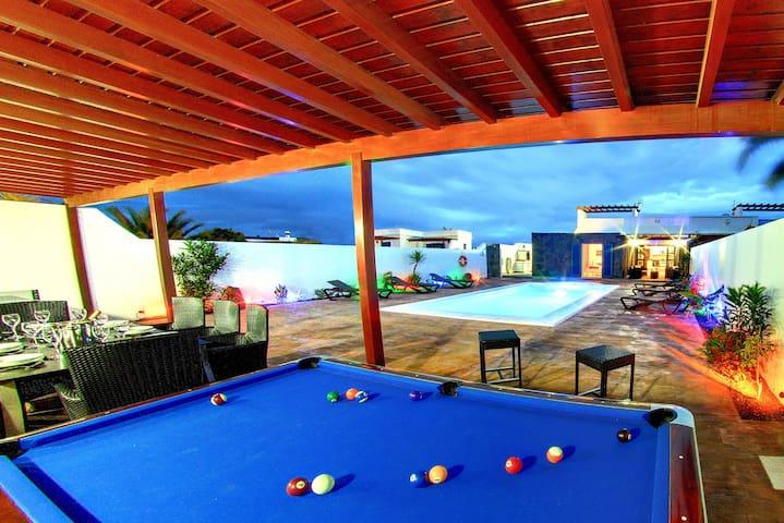 Casa Canela, 3 ensuite bathrooms and jacuzzi - Playa Blanca - Villa