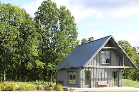 Piesta Kuusikaru riverside cottage in Soomaa area