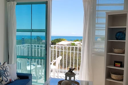 Parguera House w/ Sea Views, 2 BR, sleeps 4, WiFi