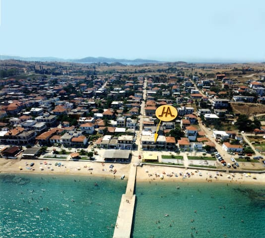 Seaside Studio 3 - Sea view - Nea Roda - Condomínio
