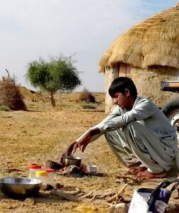 Friends Farm - Desert home
