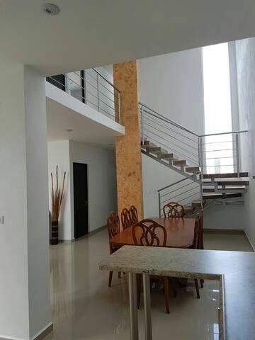 Residencia amueblada en el norte de Ags - Aguascalientes - Dom