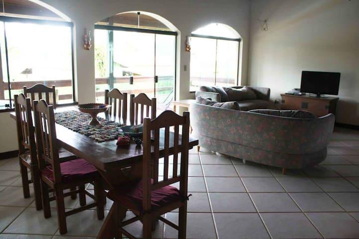 Deliciosa casa em Piracaia interior - Piracaia - Ev