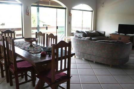 Deliciosa casa em Piracaia interior - Piracaia