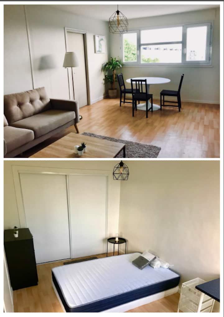 Chambre privée dans appartement à Mt St Aignan