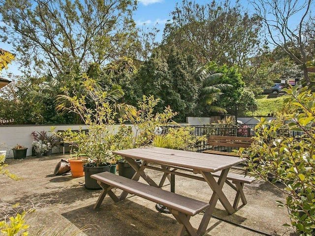 Large double room in light and airy appartment - Queenscliff - Appartamento
