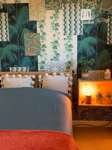 Beautiful double room with private bathroom.