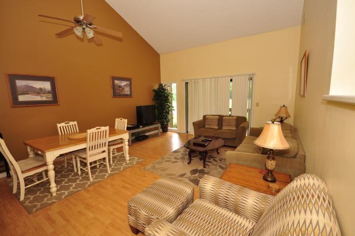 Fairway Villa #1302 - Rumbling Bald Resort - Lake Lure - Villa