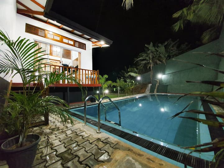 Moss Villa