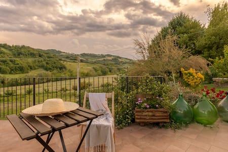Entire Charming Farmhouse for family retreat