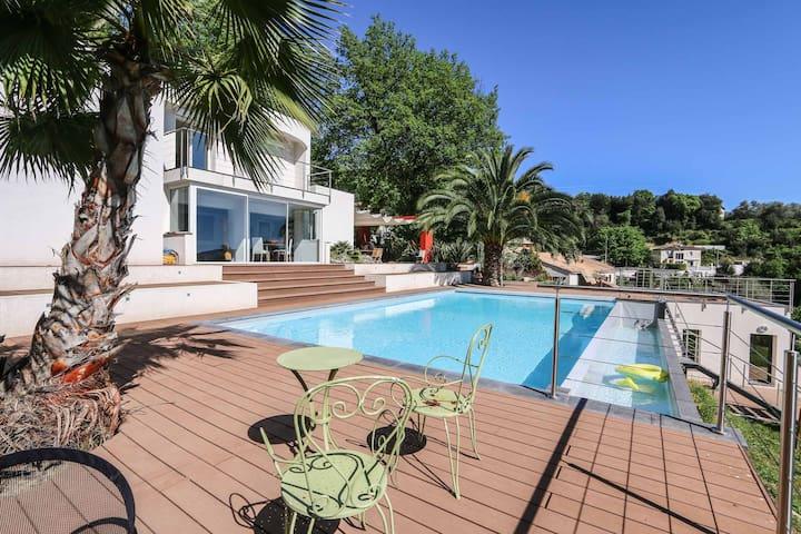 Maison californienne proche de Nice - Contes - Talo
