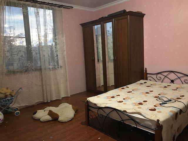 Спальня 2, 4-х местная+Детская кроватка