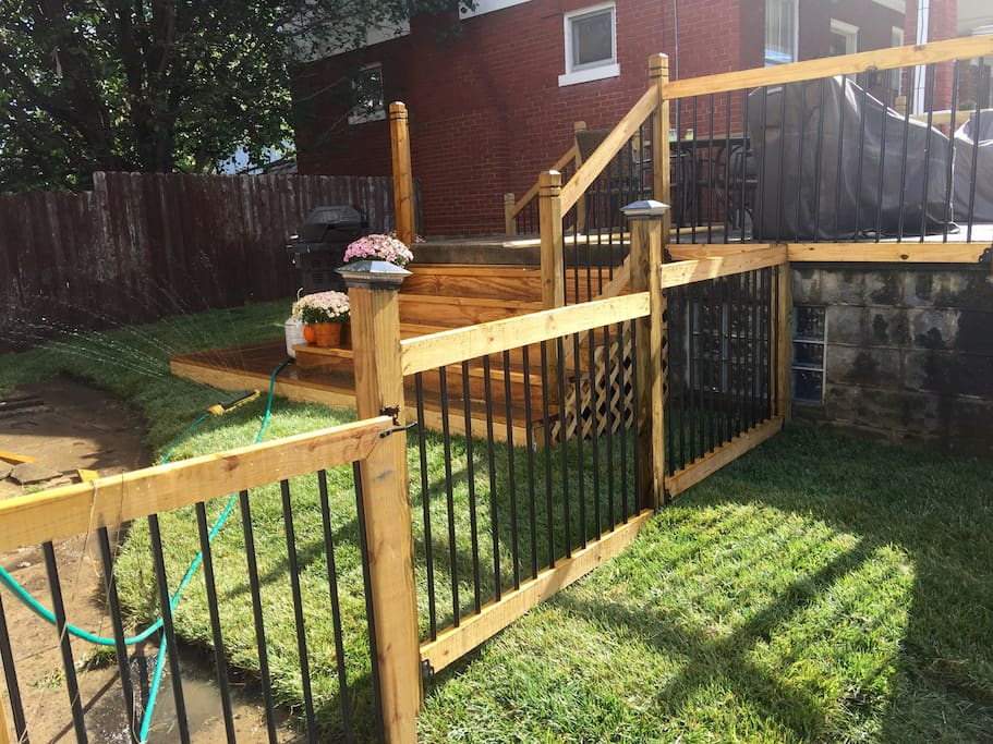 Fenced in backyard, perfect for pets!