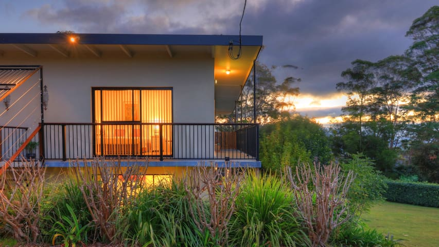 Mapleton Falls Accommodation - Mapleton