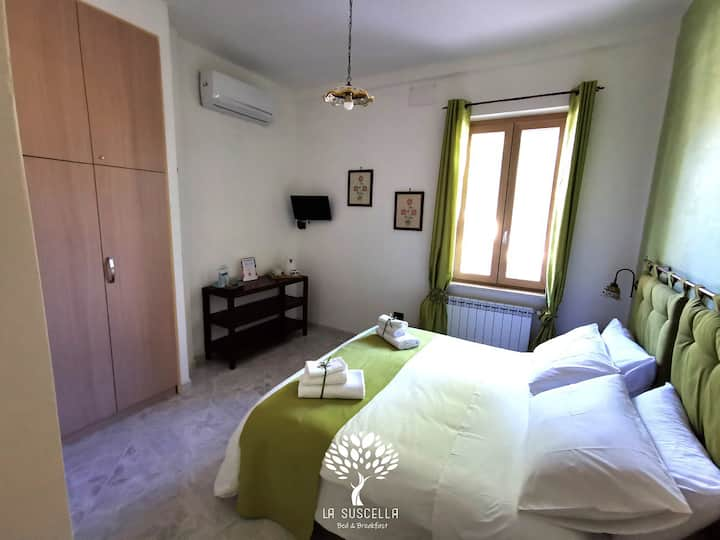 PRIMULA Room - La Suscella Bed & Breakfast