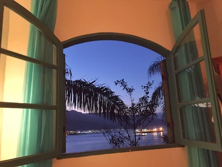 Azur Guesthouse Turquesa sobre o mar