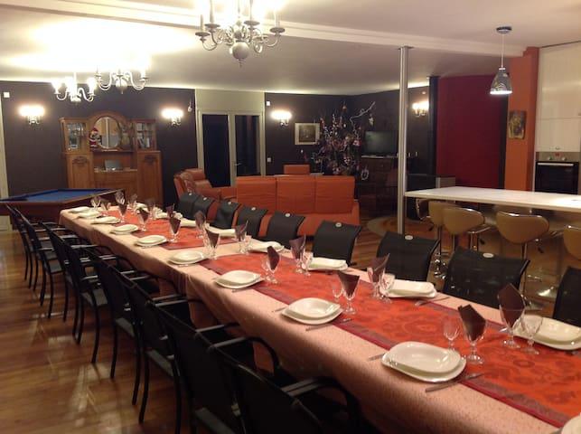 Maison de vacances 25 couchages - Lisbourg - Talo