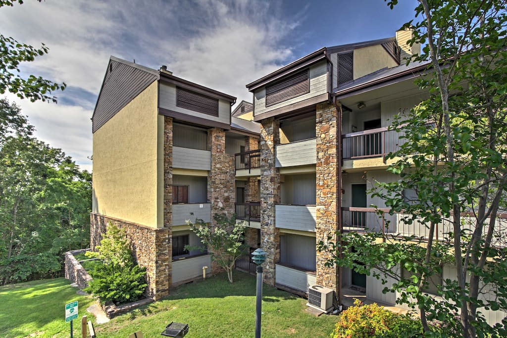 The condo is located just 5 minutes away from downtown Gatlinburg.