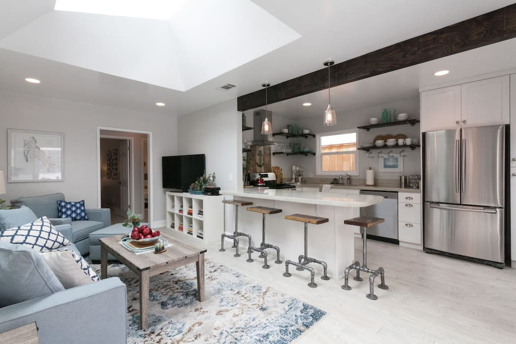 Huge skylight, breakfast bar, updated kitchen with stainless steel appliances