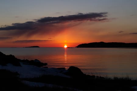 Sunset Shore House-Twillingate