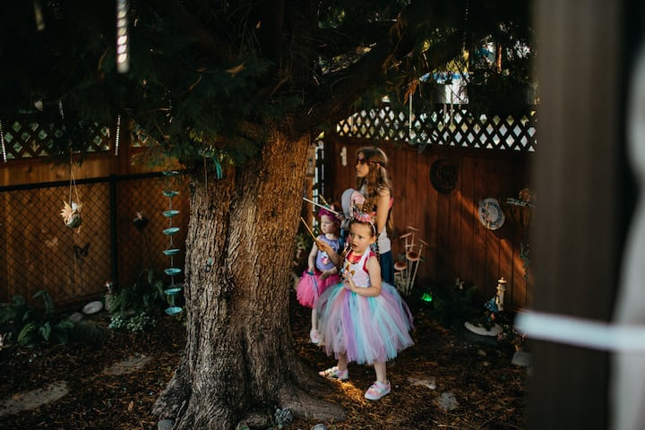North Bend Escapes Fairy Garden Games / Birthday at NB Downtown Cottage