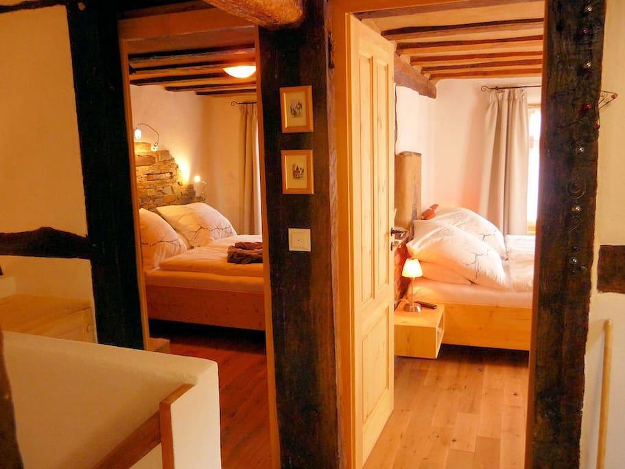 Beide Doppelschlafzimmer: Romatikstube und Eulennest