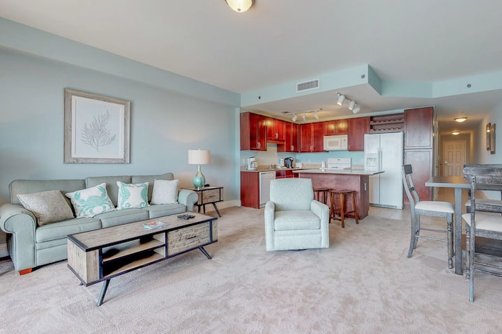 Gorgeous gulf and lake view condo with shared pools and hot tub