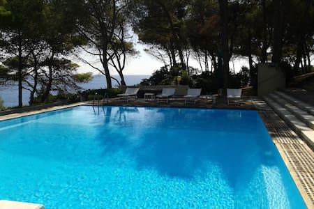 Camera Giada/con piscina/Isola d'Elba - Capo D'arco