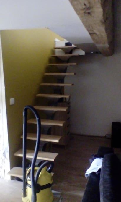 chambre dans duplex hyper centre de villefranche villefranche sur sa ne ehrinde kiral k at. Black Bedroom Furniture Sets. Home Design Ideas