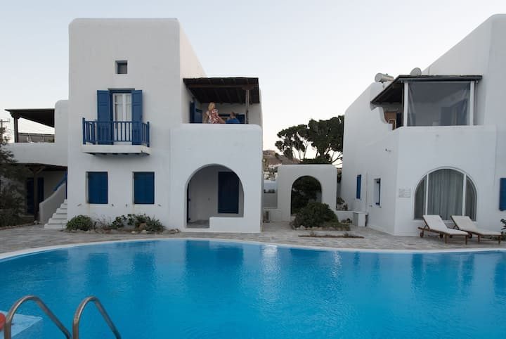 Glamorous 2BR Villa in Ornos with Amazing Sea View!