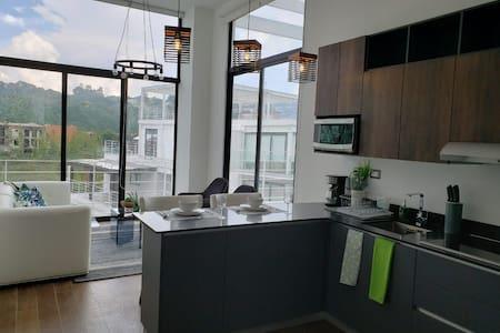 Cayala, Loft con terraza y vistas increibles.