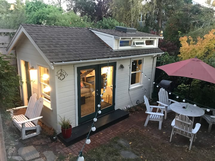 Cozy Berkeley Tiny House in Amazing Neighborhood
