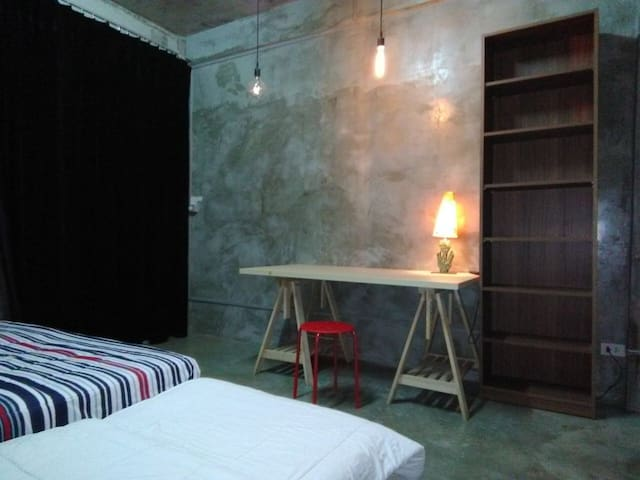 2private bedroomsRooftop, Central BKKnext skytrain