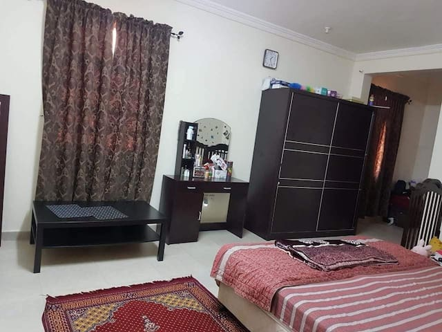 Easy access to G ring, corniche, wakrah
