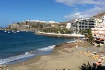 Rett på stranden i Patalavaca !
