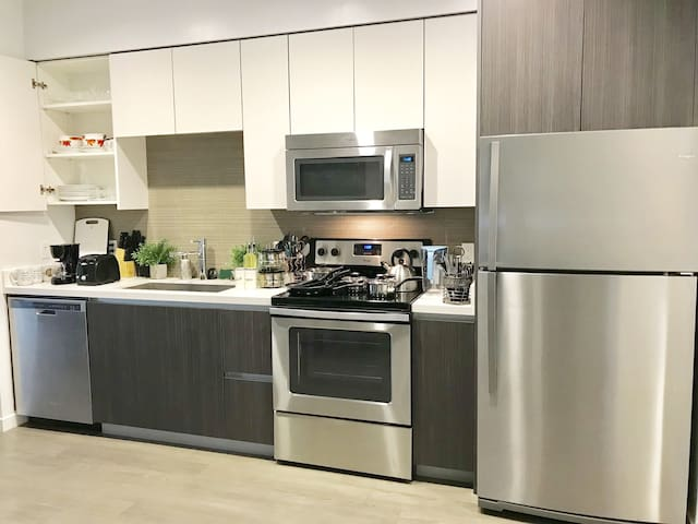 Clean & Modern Silicon Valley 1BR/1BA @San Jose