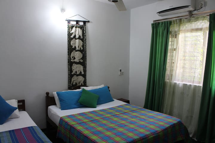 ALEX HOME STAY  - Family apartment