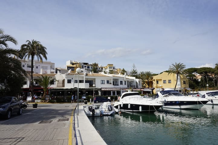 Apartment on Costa del Sol - Puerto de Cabopino - Marbella - Flat