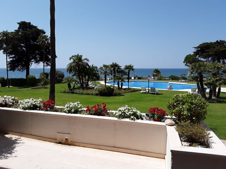 MARBELLA - Direct Access to Sea, Garden and Pool
