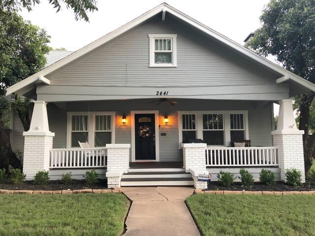 The Cozy Craftsman Cottage