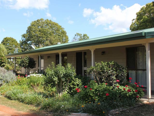 """Kingaroy Short Term Rentals"" - The Ranch"