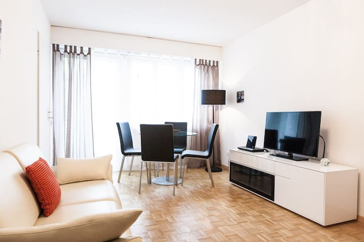 Studio Apartment in the City Center (15)